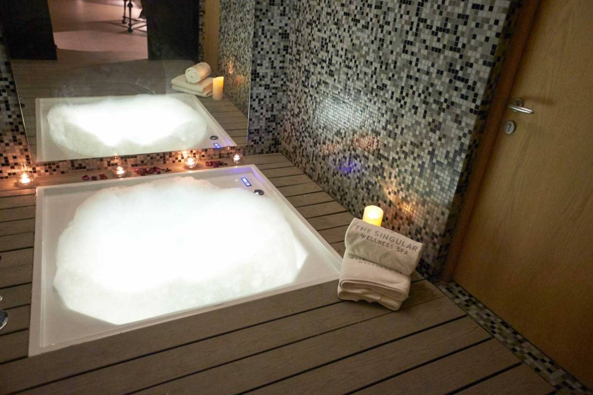 The Singular Patagonia Spa Jaccuzi